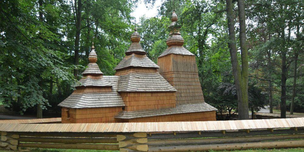 Dřevěný kostel v Hradci Králové se opět otevře 2. července