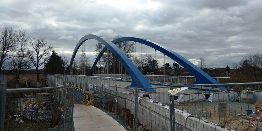 Po devětadvaceti měsících se na most ve Svinarech vrátí auta