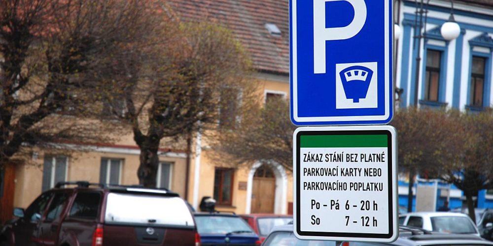 Parkování v Hradci Králové opět placené