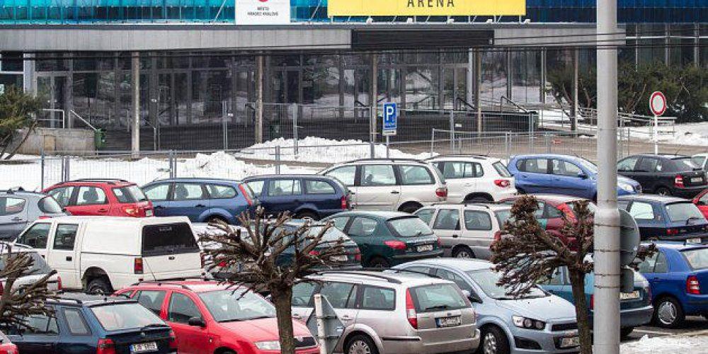 Konec bezplatného parkování v centru Hradce Králové