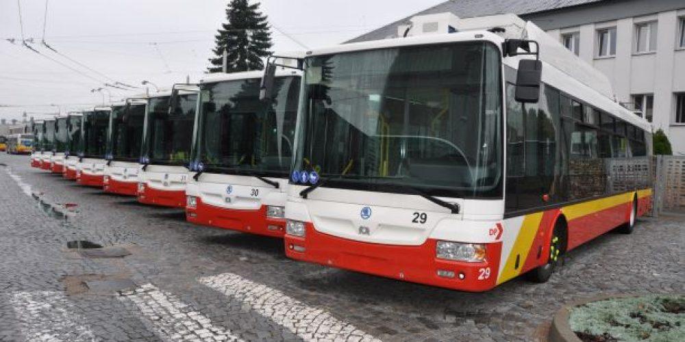Hradecký dopravní podnik nakoupil nové elektrobusy a trolejbusy